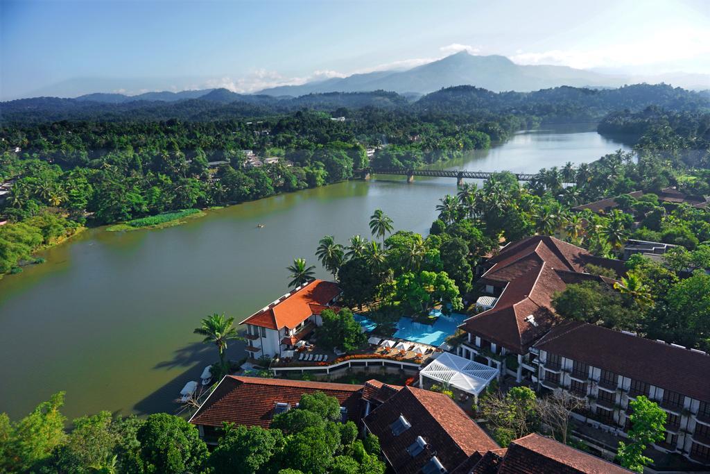 Mahamevnawa Buddhist Monastery - Attractions in Sri lanka
